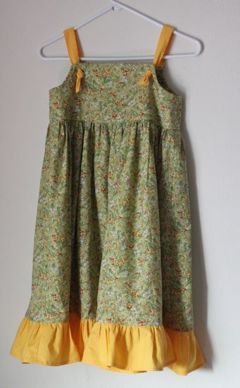 Simple Daffodil Dress